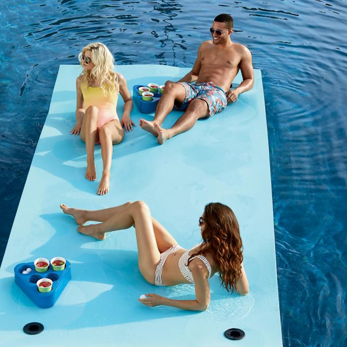 awesome-pool-floats-floating-party-mat