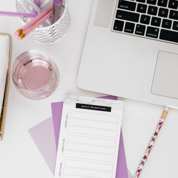 back-to-school-for-professors-desk-setup