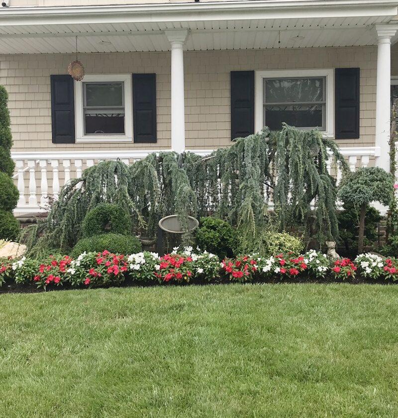 flower-garden-front porch