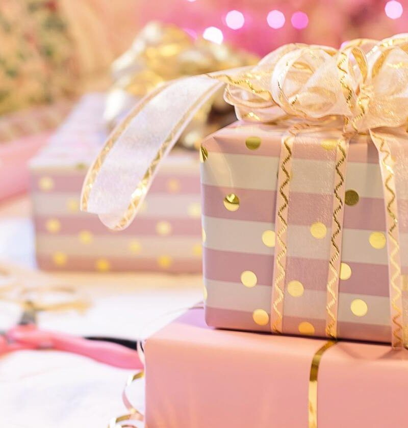 top-christmas-gift-ideas-for-college-students