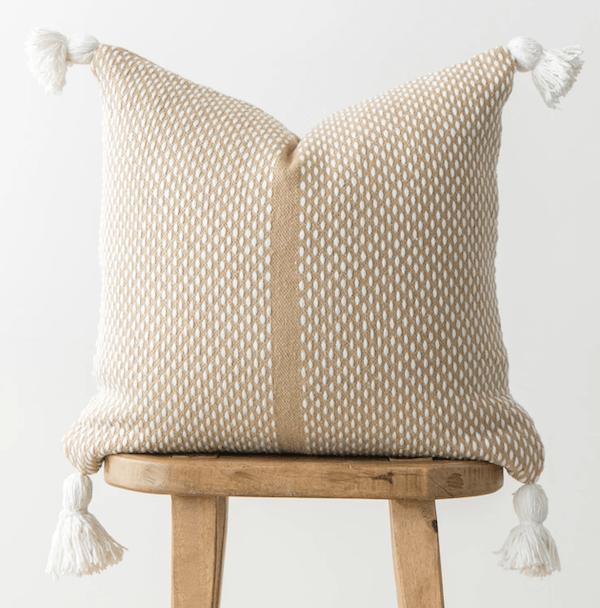 woven-nook-neutral-pillow