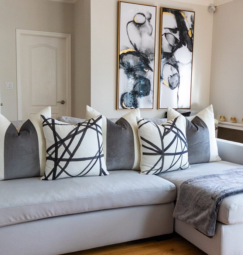 black-and-white-pillows