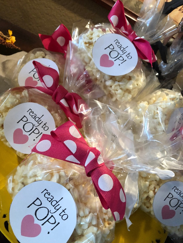 ready-to-pop-baby-shower-favor-1