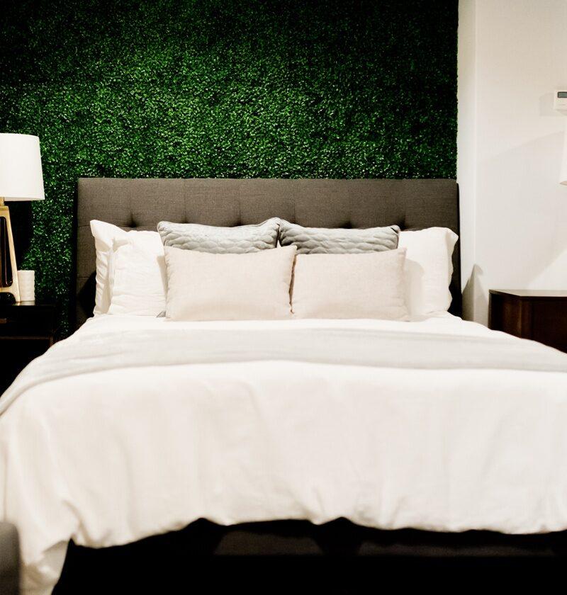22 Amazon Bedroom Decor Ideas For Your Trendy Airbnb Design