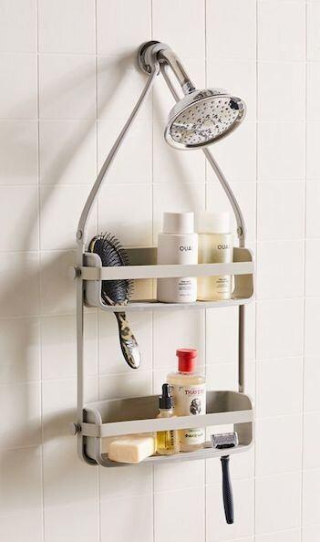 shower-caddy-dorm-bathroom