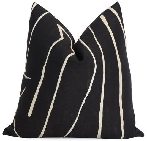 black-pillow