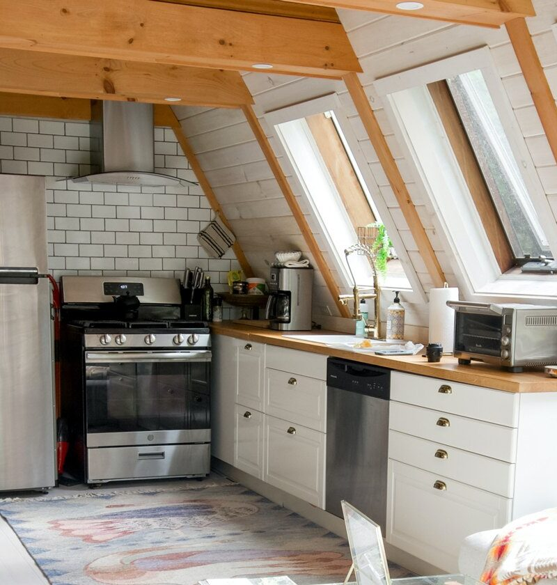 Ultimate Airbnb Kitchen Essentials, Supplies, And CheckList (For Super Host Status)