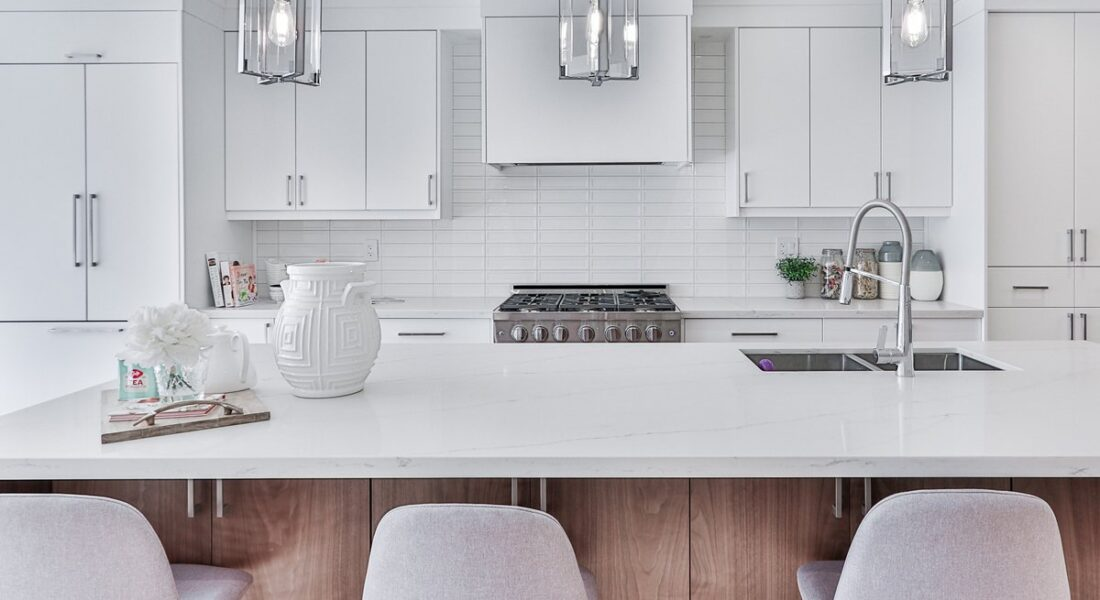 12 Best Counter Stools That'll Totally Take Your Kitchen To The Next Level