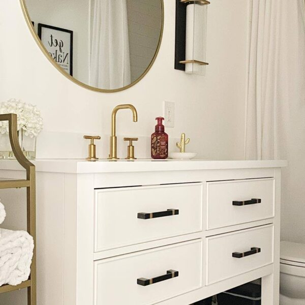airbnb-bathroom-essentials